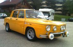Renault 8 S jaune