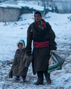 📍Amdo, TIBET #Gannan area ཀན་ལྷོ་ Kan Lho #TibetanFathers . ༜~࿂~༜~࿂~༜~࿂~༜~࿂~༜~࿂~༜~࿂ #TibetanPortraits #Phayul #Tibet #Tibetan #Kham #UTsang #Amdo #Lhasa #Labrang #Xiahe #Gansu #TibetanMen #TibetanKids #TibetanFamilies ༜~࿂~༜~࿂~༜~࿂~༜~࿂~༜~࿂~༜~࿂ Photographer: ©L WU ༜~࿂~༜~࿂~༜~࿂~༜~࿂~༜~࿂~༜~࿂ ☀️🐚 #DalaiLama #Himalaya #Karmapa #IGTibet_Family #Lonely_Planet #Xizang #Qinghai #Sichuan #NatGeo #Native #NOMAD #Father #Dad #FatherAndSon