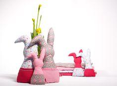 DIY Anleitung: Osterhasen nähen // diy tutorial: how to sew a easter bunny via DaWanda.com