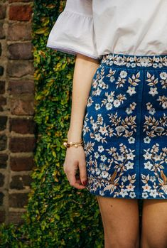 I love the embroidery on this skirt, it's the cut and length I like, just not plaid.