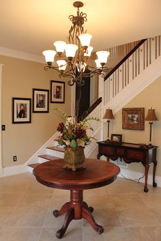 Love the spaciousness of this foyer. It seems like it could be wasted space though.