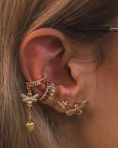 Green ear cuff No piercing earrings Elven ear jewelry Wire ear wrap Non pierced ear cuff Conch cuff Elf earring - Custom Jewelry Ideas Ear Jewelry, Cute Jewelry, Jewelery, Jewelry Accessories, Jewelry Ideas, Jewelry Trends, Silver Jewelry, Jewelry Tattoo, Golden Jewelry