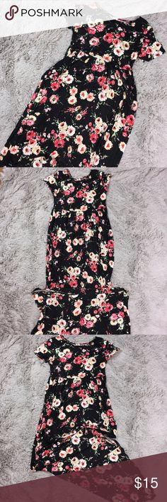 Large Long Black Floral Soft Maxi New Without tags New soft Long Maxi dress in black Floral. Women's Large new without tags. ICONOFLASH Dresses Maxi