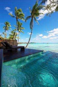 Deluxe Beach Bungalow with Pool Hotel Kia Ora Resort