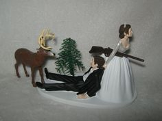 Wedding Party Redneck Deer Hunter Hunting Cake Topper ~Dark Hair on Both~ #Wedding #FUNNYCakeTopper