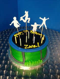 fun idea for birthday cake but cut out real images of someone jumping on a trampoline Happy Birthday Cake Images, 3rd Birthday Cakes, Birthday Fun, Birthday Parties, Birthday Ideas, 10th Birthday, Birthday Celebrations, Trampoline Cake, Trampoline Birthday Party