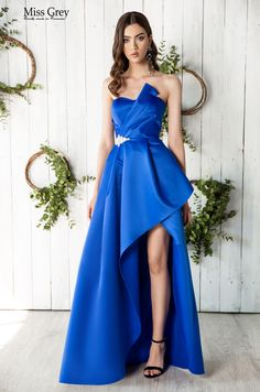Set the trend in this royal blue sophisticated asymmetric dress. Strapless Dress Formal, Formal Dresses, Blue Maxi, Asymmetrical Dress, Royal Blue, Prom, Style, Fashion, Dresses For Formal