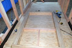 Framing is a really exciting time in your building process. A simple guide on how to frame your tiny house the right way, including advanced framing. Modern Tiny House, Tiny House Cabin, Tiny Houses, Tiny House Trailer Plans, Tiny House Plans, Prefab Home Kits, Prefab Homes, Building A Tiny House, Metal Building Homes