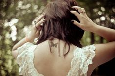 Tiny butterfly tattoo on upper back for girls. Find and save ideas about Tiny butterfly tattoo on upper back for girls on Tattoos Book. More than FREE TATTOOS Tattoo Girls, Girl Tattoos, I Tattoo, Tatoos, Tiny Butterfly Tattoo, Cute Butterfly, Butterfly Dress, Most Beautiful Butterfly, Beautiful Body