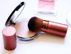 Kabuki Brush by EcoTools got on Iherb