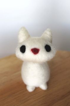 Needle Felted White Cat Soft Sculpture Animal by kmwatkins on Etsy, $30.00 https://www.etsy.com/listing/178125344/needle-felted-white-cat-soft-sculpture