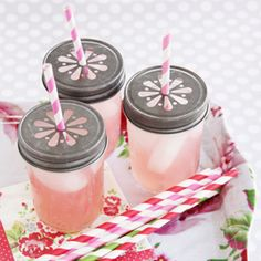 Daisy Cut Mason Jar Lids - Set of 6... I like the idea of doing a pink drink too, with cute pink straws