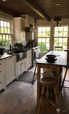 Farmhouse Kitchen Decor Ideas: Great Home Improvement Tips You Should Know! You need to have some knowledge of what to look for and expect from a home improvement job. Farmhouse Kitchen Island, Rustic Kitchen, New Kitchen, Kitchen Decor, Soapstone Kitchen, Awesome Kitchen, Kitchen Cabinets, Colonial Kitchen, Bungalow Kitchen