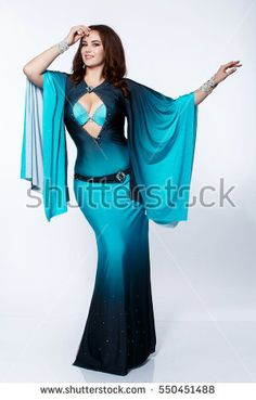 Dance Outfits, Dance Dresses, Cool Outfits, Belly Dance Outfit, Tribal Belly Dance, Burlesque Costumes, Belly Dance Costumes, Hourglass Dress, Tango Dance
