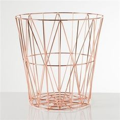 Rose Gold Basket, av