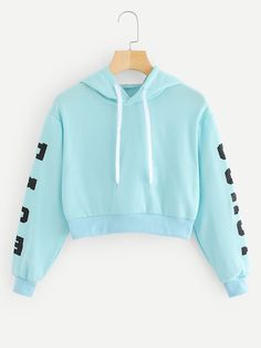 SheIn offers Letters Print Crop Hoodie & more to fit your fashionable needs. Teen Fashion Outfits, Preppy Outfits, Swag Outfits, Outfits For Teens, Stylish Outfits, Fashion Fall, Fashion Women, High Fashion, Cute Lazy Outfits
