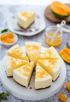 Kwarktaart met mango. Makkelijk recept voor zelfgemaakte kwarktaart met mango. Aanrader! Fudge Recipes, Baking Recipes, Brazilian Carrot Cake Recipe, Cake Recept, Baking Bad, Pie Cake, Good Foods For Diabetics, No Bake Desserts, High Tea