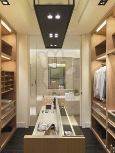 Walk In Wardrobes - Walk-In Closets - Free Articles Directory