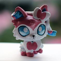 I've made so many Sylveon LPS customs xD This one is not for sale, someone on Etsy commissioned me to make it