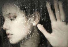 Una voz cargada de ira y desprecio jamás entenderá el dominio sutil de esa voz clara, porque la comunicación es un arte que no todos saben utilizar.