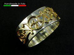 Anello fascia in Argento con decoro in oro 14 di GioielliOliveri Band Rings, Rings For Men, Jewels, Silver, Gold, Gifts, Etsy, Presents, Men Rings