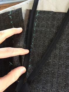 male pattern boldness: Ladies Tailoring: Let's Make a Lapped Zipper!