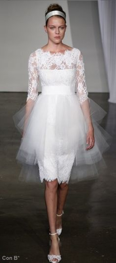 Marchesa vestido corto de novia