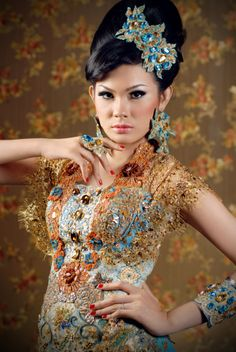 songket,beads,more beads