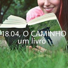 Uma história construída com colaboração e superação.  O livro do #1804ocaminho é assim... o que será que vem por aí?  #livro #documentario #gopro #nikon #photo #fotografia #projetosocial #amor #criança #doação #caridade #historia #gratidão #aventura #sk8 #walk #sport #inspiração #esporte #hope #esperanca #Italia #Brasil #gaúcho #SãoFranciscodeAssis