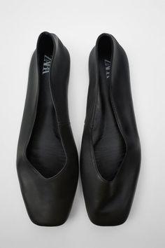 Black Ballet Flats, Ballerina Flats, Leather Ballet Flats, Black Flats, Zara New, Black Leather Flats, Zara Fashion, Zara Shoes, Color Negra