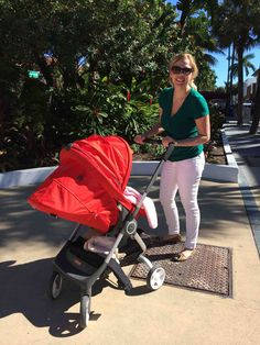 Stokke Scoot takes on South Beach! This nimble, compact stroller is a traveling family's favorite baby accessory