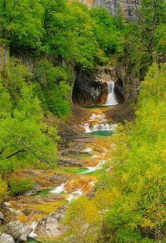 Parque Nacional de Ordesa, Escuaín, Rio Yoga, Pyrennes, Pirineos, #Spain Ordesa National Park, Pyrennes, Spain More photos at https://www.facebook.com/photographySaulSantos