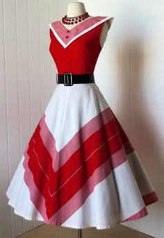 classic red and white chevron striped crisp cotton sailorette full skirt rockabilly pin-up dress : chevron dress Pin Up Dresses, Pretty Dresses, Beautiful Dresses, Dress Up, Nye Dress, Camo Dress, Party Dress, Moda Vintage, Vintage Mode