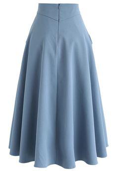 Classic Simplicity A-Line Midi Skirt in Blue – Retro, Indie and Unique Fashion Klassischer Simplicity A-Line Midirock in Blau – Retro, Indie und Unique Fashion Outfits Casual, Modest Outfits, Skirt Outfits, Dress Skirt, Midi Skirt, Dress Up, Unique Fashion, Modest Fashion, Hijab Fashion
