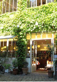 La Boutique - Entrée des fournisseurs - 8 rue des Francs Bourgeois, 3ème