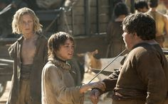 Agujas juego de tronos tv series Arya Stark espadas Maisie Williams fondo de pantalla 1920x1080