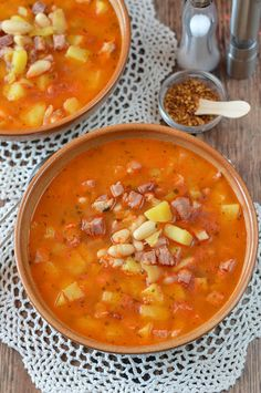 Gyors bableves 🍴 Soup Recipes, Ethnic Recipes, Food, Bean Soup, Red Peppers, Recipies, Essen, Meals, Yemek