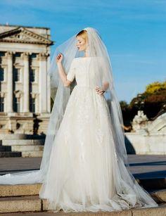 Marelus wedding gown