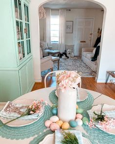 .#diningroom #diningroomdecor #diningroomstyle #diningdecor #southernlivingmag #countrylivingmagazine #farmhousediningroom #cottagestyle #cottagediningroom #cottagedesign #cottageliving #cottagefarmhouse #pawsitivelyfarmhouse #farmhousecottage #easterdecor #easterdecorations #easterplacesetting #tablescape #eastertablescape #almosteaster #rowhome #smallspaces #letsstayhome #stayinginside #cottagesandbungalows Cottage Dining Rooms, Cottage Farmhouse, Cottage Living, Cottage Design, Cottage Style, Cottages And Bungalows, Lets Stay Home, Country Living Magazine, Dining Decor