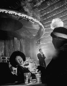 Singer Rudy Vallee in a nightclub, New York, 1949 b photo by Cornell Capa Black White Photos, Black And White Photography, Vintage Photographs, Vintage Photos, Vintage Stuff, Great Photos, Old Photos, Night Club, Night Life