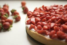 Strawberry Cake with Quark Cheese (recipe in German - tell me if you need it translated into English :)
