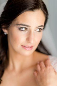 totally natural wedding makeup on this pretty bride #muah #naturalmakeup http://www.weddingchicks.com/2013/11/21/fantasy-wedding/