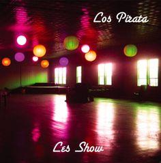 """Quinta-feira, dia 5 de agosto, às 21h, acontece no Teatro da Vila o show da Banda Los Pirata. A entrada é """"Pague Quanto Vale"""" em que o público paga o quanto quiser no final da apresentação. A banda é formada por Paco Garcia - Guitars, Jesús Sanchez - Fender VI, Loco Sosa - Toy Drums."""