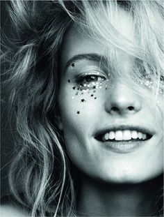 Elle Sweden, January 2016 festival glitter