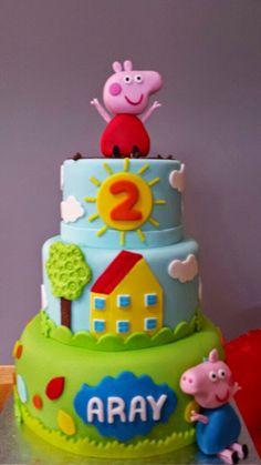 Tarta de Peppa pig Tortas Peppa Pig, George Pig Party, Peppa Pig Birthday Cake, Cake Creations, Party Cakes, Amazing Cakes, Decoration, Pig Cakes, Bing Bunny