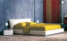 """An elegant double-size bed that evokes the shape of a sailboat // Elegante letto matrimoniale che evoca le forme di una barca a vela [Double Bed / Letto matrimoniale """"Sailor"""" by Flou] #Beds #Bedroom #Letto #InteriorDesign #HomeDecor #Design #Arredamento #Furnishings #totalwhite"""