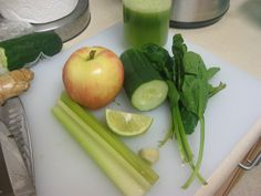 1 Apple  2 Stalks celery  1/2 Cucumber  1/4 Lime  1 Handful spinach  1/2 inch slice ginger root