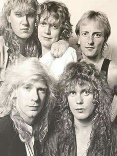Def Leppard  Joe Elliot : vocalist  Rick Allen : drums  Rick Savage : bass  Steve Clark : guitar  Phil Collen : guitar