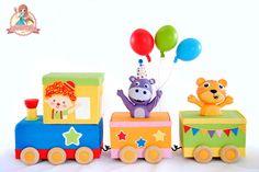 Moving Circus Train Cake by SweetLin