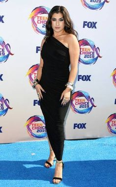 Teen Choice Awards 2019 Red Carpet Fashion: See Every Look as the Stars Arrive Michelle Richard, Sky Brown, Candace Cameron Bure, Nikki Bella, Teen Choice Awards, Prabal Gurung, Red Carpet Fashion, Beautiful Eyes, Absolutely Gorgeous